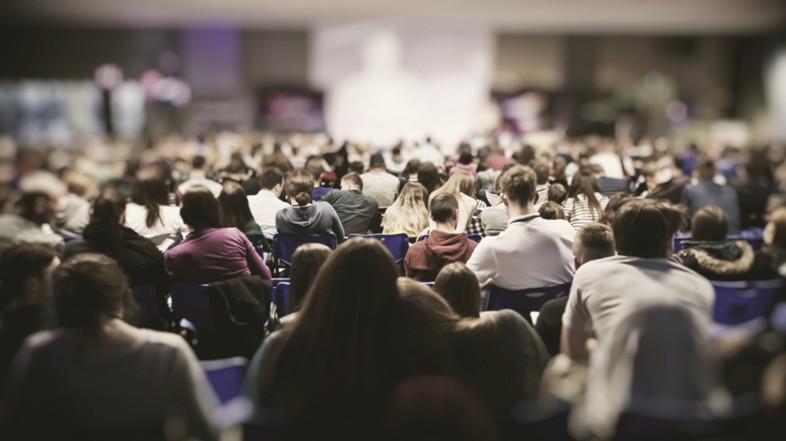 Świeccy nie mogą głosić rekolekcji czy konferencji bez misji od biskupa